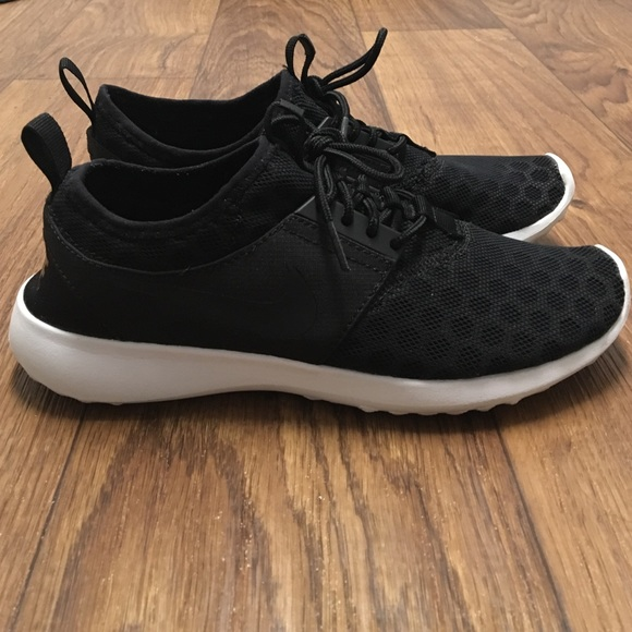 le scarpe nike un giorno la vendita di donne juvenate poshmark