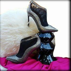 🚨 NEW SAM Edelman Silver Black Booties