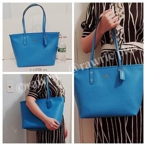 New Coach blue leather city zip tote
