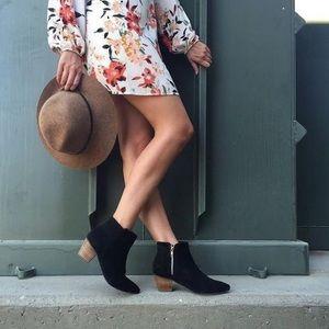 Matisse Margarite black bootie