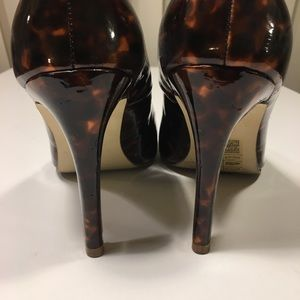 H&M Shoes - Patent Tortoise Shell Pointed Pumps
