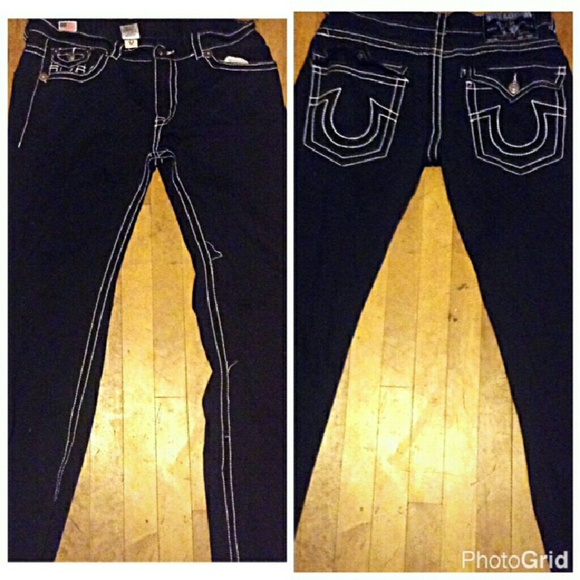 Black jeans with white stitching