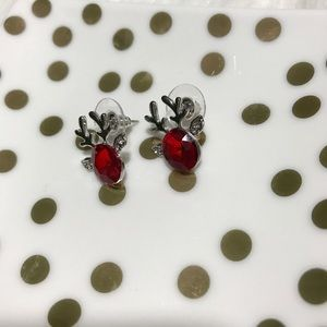 Boutique Jewelry - 🆕Adorable reindeer earrings