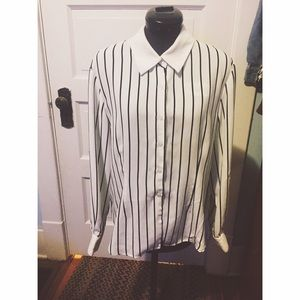 Vintage Tops - Black and white striped button up