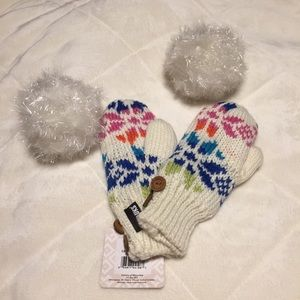 Muk Luks Other - MUK LUKS Candy Coated Mittens