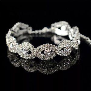 Jewelry - Stunning Australian Crystal