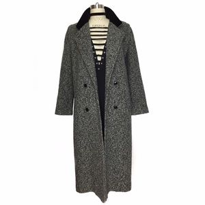 Vintage Jackets & Blazers - 100% WOOL VINTAGE TRENCH COAT WITH VELVET COLLAR!!