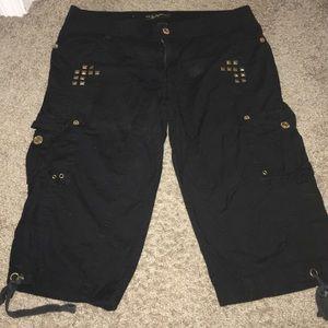 South Pole Pants - ✅Black & gold Capri pants