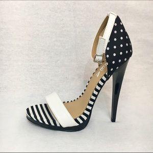 Alba Shoes - ALBA Black & White Patterned Stilettos