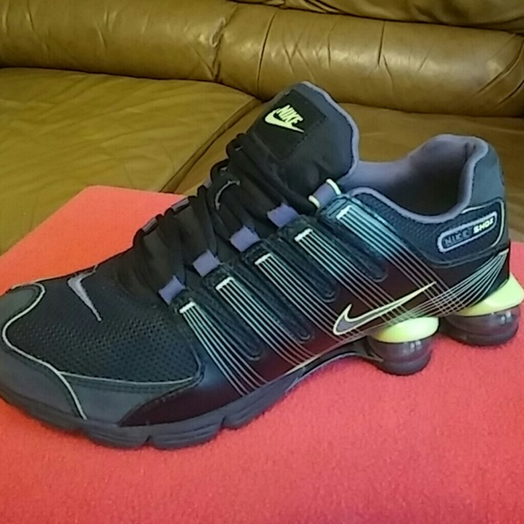 5bfc7b49e5de Nike Shoes - Nike Shox..MEN SIZE 9.5 and WOMEN 11 and 11.5