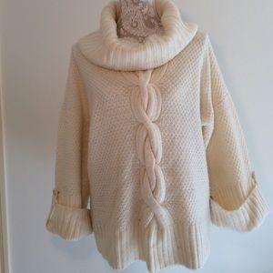Sweaters - 🎊 HP 9/1/17 🎊Like New - Talbot's   Sweater