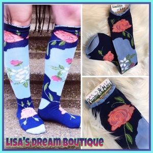 Peony and Moss Accessories - 🆕Knee High Socks in •Country•