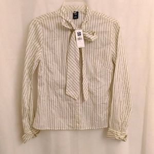 NWT Gap blouse shirt with bow