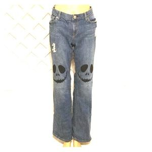 Denim - Dare to be different Hand Painted Distressed Jeans