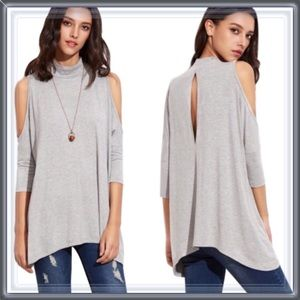 Tops - 🎉SALE🎉NWT Mock neck cold shoulder tunic top