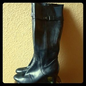 Easy Spirit Shoes - Black leather boots with a heel