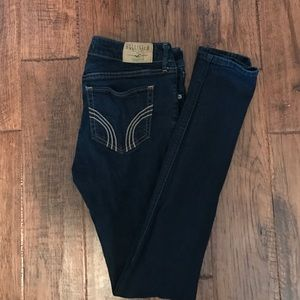 Like new hollister jeans size 7R