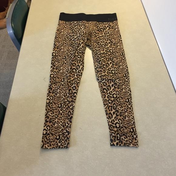 9a0fb477b75cb PINK Victoria's Secret Pants   Vs Pink Cheetah Leopard Leggings ...