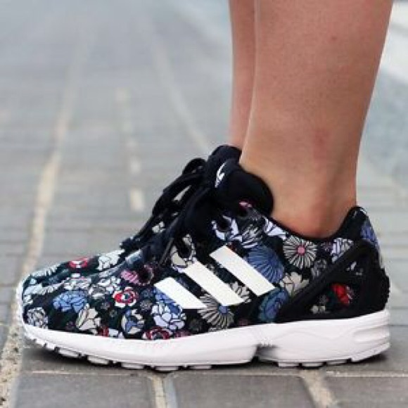 Buy dqnyy yg5ty6 August Deals ZX Flux Womens