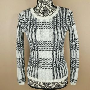 🌟 GAP Black & White Wool Sweater Size XS