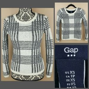 GAP Sweaters - GAP Black & White Wool Warm Sweater Size XS