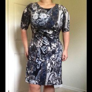 Connected Apparel Dresses & Skirts - NWOT Floral Print Boatneck Dress