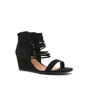 Black cut out wedge
