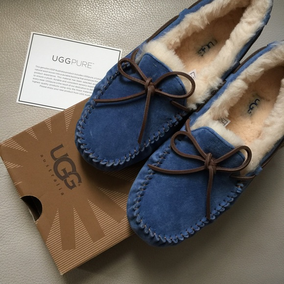 394c3845c24 New UGG Dakota Moccasins in Blue Jay. Size 8. NWT