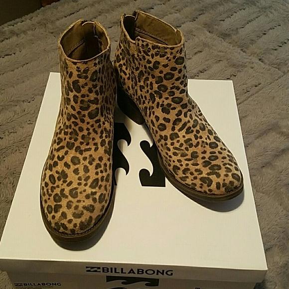 d92ad840d4c5 Billabong Shoes | Nwt Downtown Booties | Poshmark