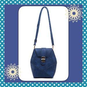 Crossbody blue bag