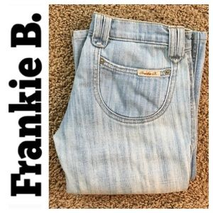 Frankie B rn#103390 light wash denim Jean size 0