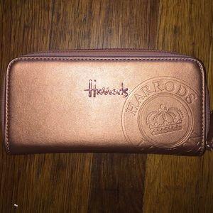 Harry's of London Handbags - Harrows Wallet