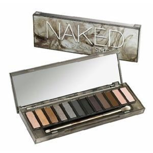 Urban Decay Other - ⭐️🎉2XHP🎉UD Naked Smoky Eyeshadow Palette