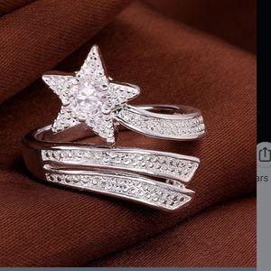 Jewelry - New 925 rhinestone star ring size 8