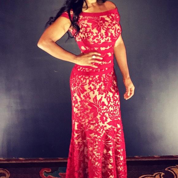Tadashi Shoji Dresses | Tadashi Red Mermaid Lace Textured Evening ...