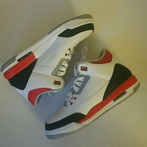 Jordan Other - Air Jordan 3 Retro 5.5Youth