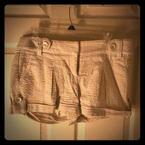 bebe Pants - Bebe White cotton shorts