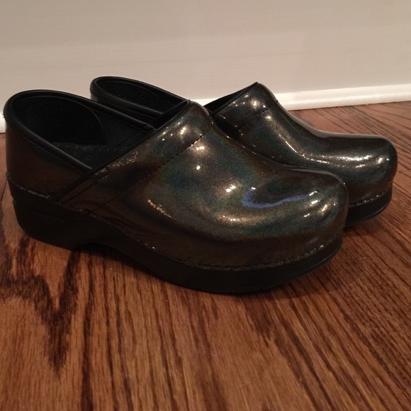 Dansko Shoes | Dansko Petrol Patent