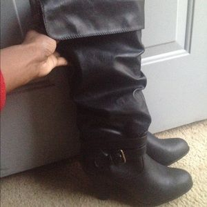 Forever 21 Shoes - Black winter boots with heel!!