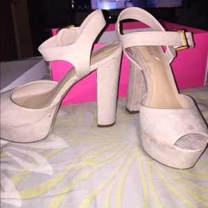 JustFab Evina in Natural size 6.5