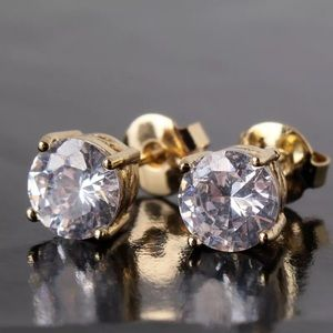 Boutique Jewelry - 7mm White Sapphire Swarovski & 18K Gold Earrings