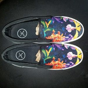 Inkkas Flora Slip On Sneakers