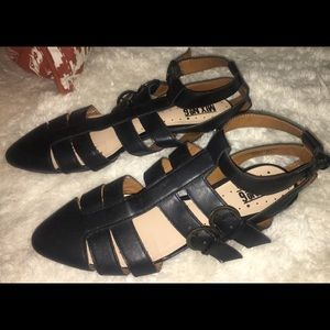 MIX No6 pointed leather black flats