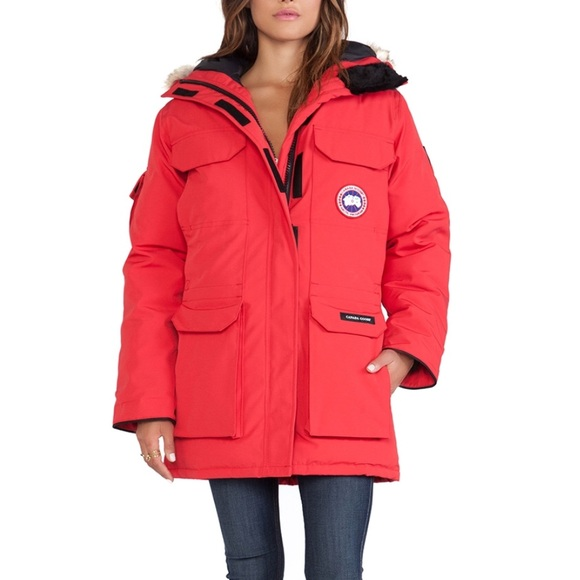 NWT Canada Goose Expedition Parka XS Women s 27b56f2841