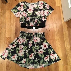 Tobi two piece tropical mini skirt and crop top