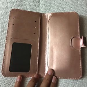 Wallet with pocket for phone
