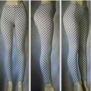 DDOCELE Pants - 🎄NWT Diagram Pattern Printed Leggings🎄