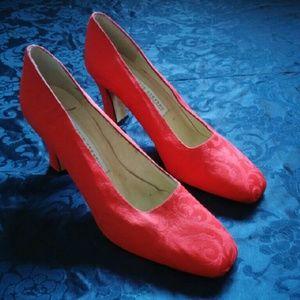 Valerie Stevens Shoes - Valerie Stevens Espana Red Satin Pumps 8M