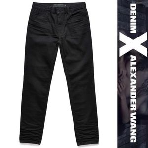 Alexander Wang Denim - ❤️SALE❤️NWT Alexander Wang relaxed fit black jeans