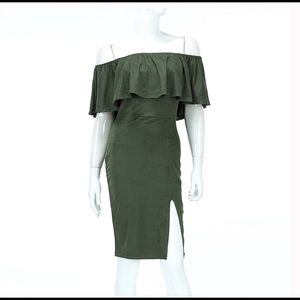 Auditions Dresses & Skirts - 🌷NWT Auditions Off The Shoulder Dress